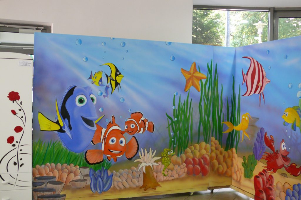 Malowanie pokoju dziecięcego,