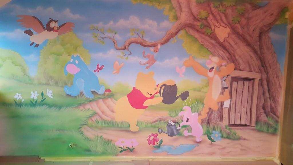 Kubuś Puchatek i przyjaciele, obraz namalowany na ścianie