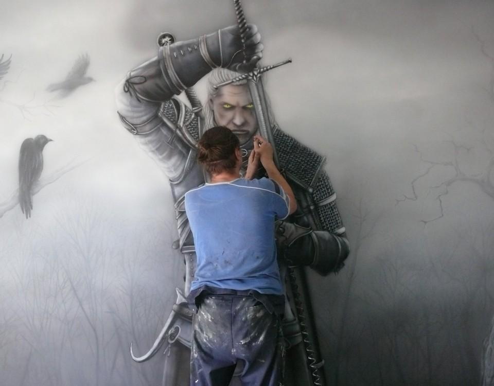 Malowanie motywu z gry wiedźmin, malowidło ścienne wykonane w pokoju nastolatka