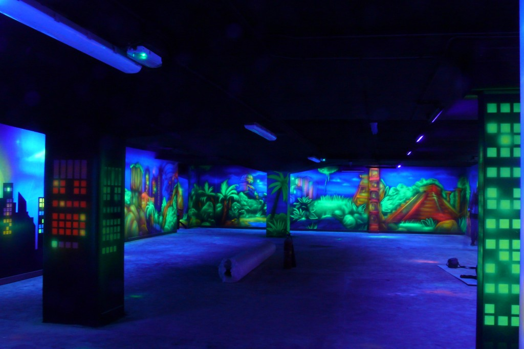 Aranżacja kręgielni, malowanie murali ściennych,