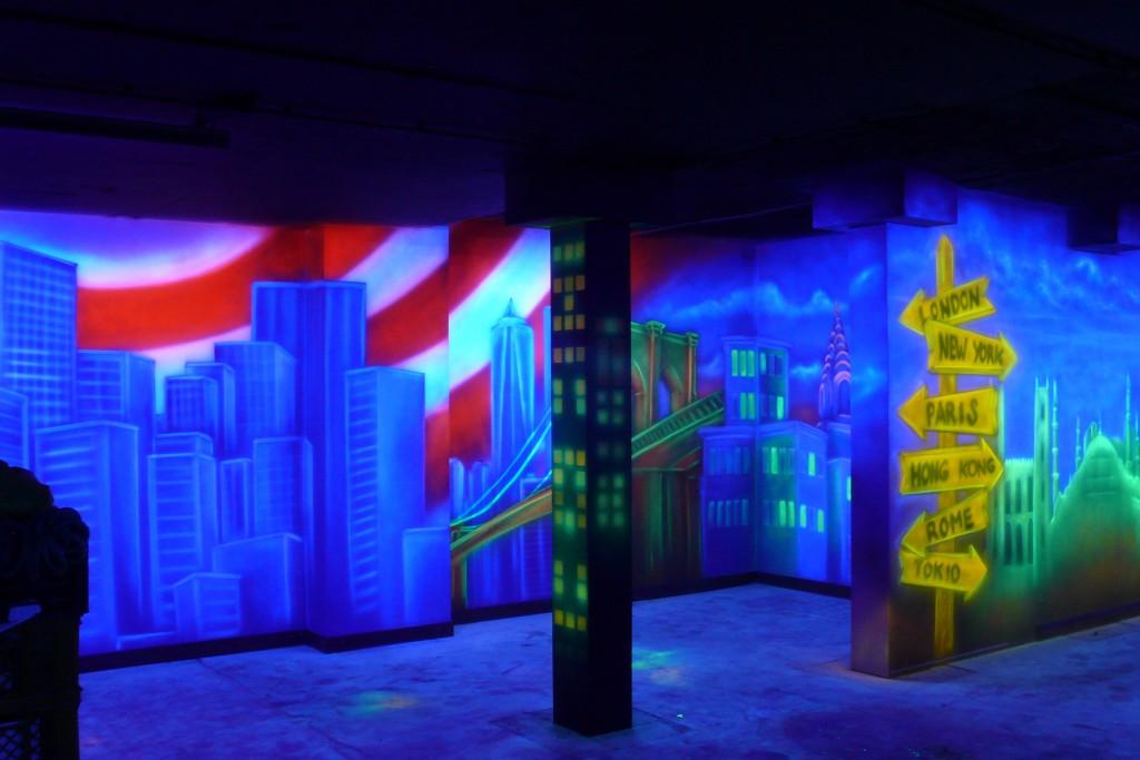 Grafika ścienna UV, tapeta w ultrafiolecie, malowanie artystyczne ścian