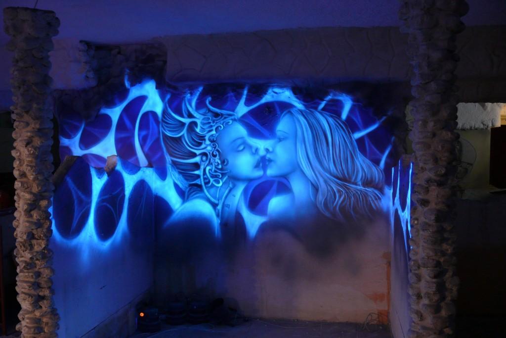Mural w ultrafiolecie