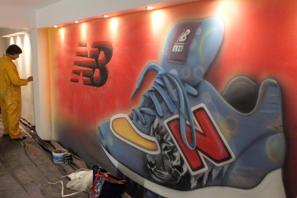 Malowanie szyldu na ścianie , logo ręcznie malowane, malowanie banerów