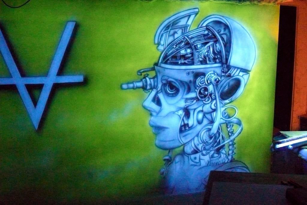 Biomechanika, nowoczesny wystrój ścian w klubie, obrazy świecące w ciemności, Aranżacja dyskotek, barów, klubów,