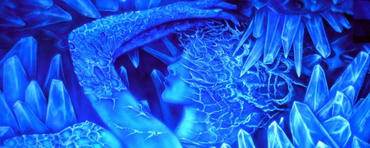 Abstrakcyjny obraz scianny widziany w ultrafiolecie, świecący obraz UV