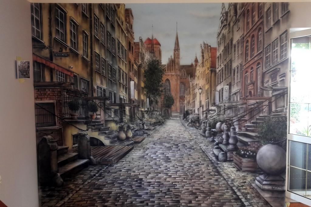Malowanie uliczki w perspektywie, mural uv