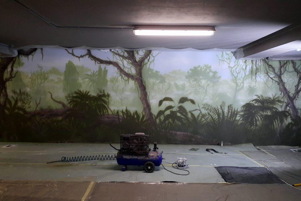 Malowanie lasu tropikalnego mural 3Dlnego na ścianie,