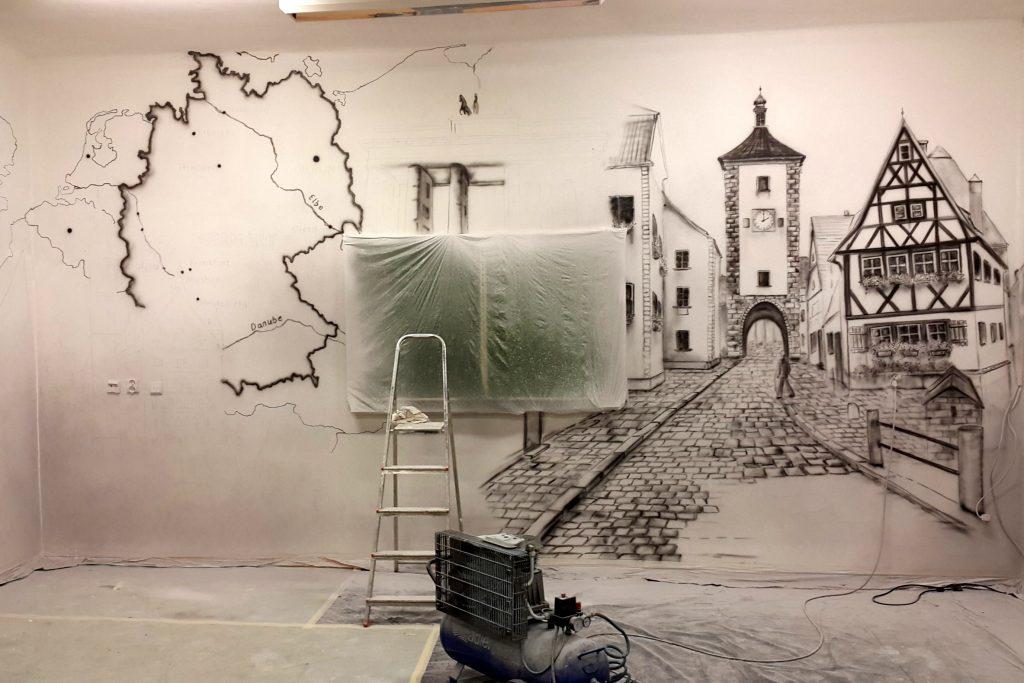Malowanie sali językowej, niemiecki, aranżacja sali w szkole
