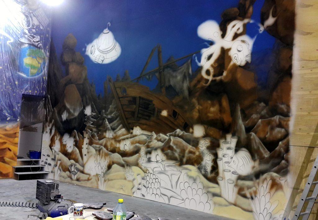 Malowanie na ścianie rafy koralowej w Kielcach, artystyczne malowanie ścian