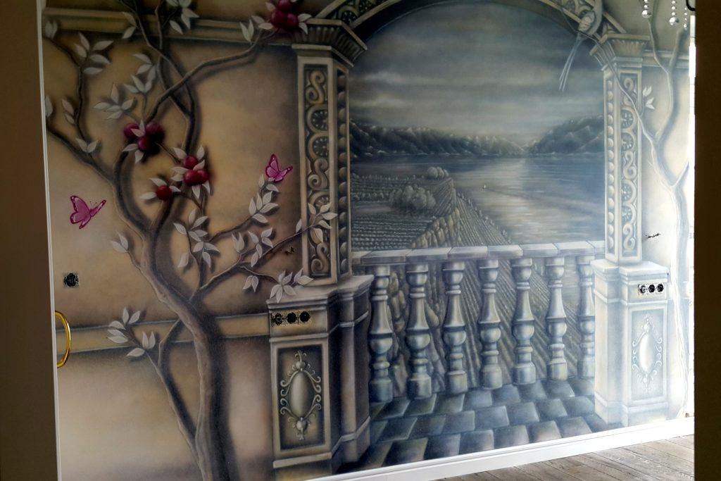 Obraz 3D w sypialni, obraz namalowany na ścianie w sypialni