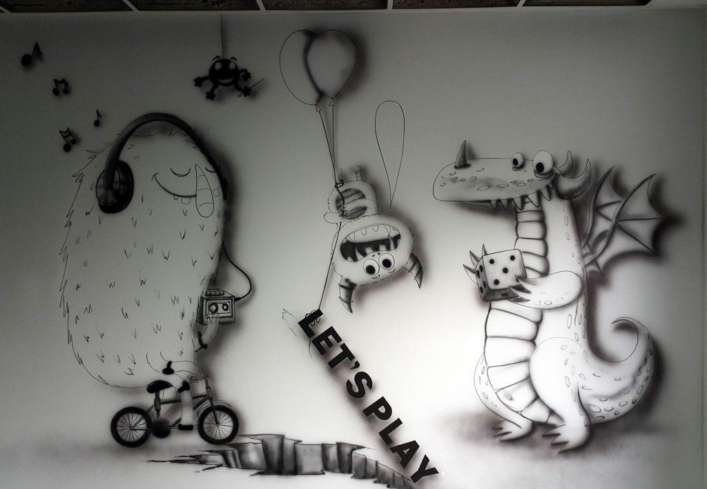 Malowidło ścienne w pokoju relaksacyjno - wypoczynkowym dla pracowników