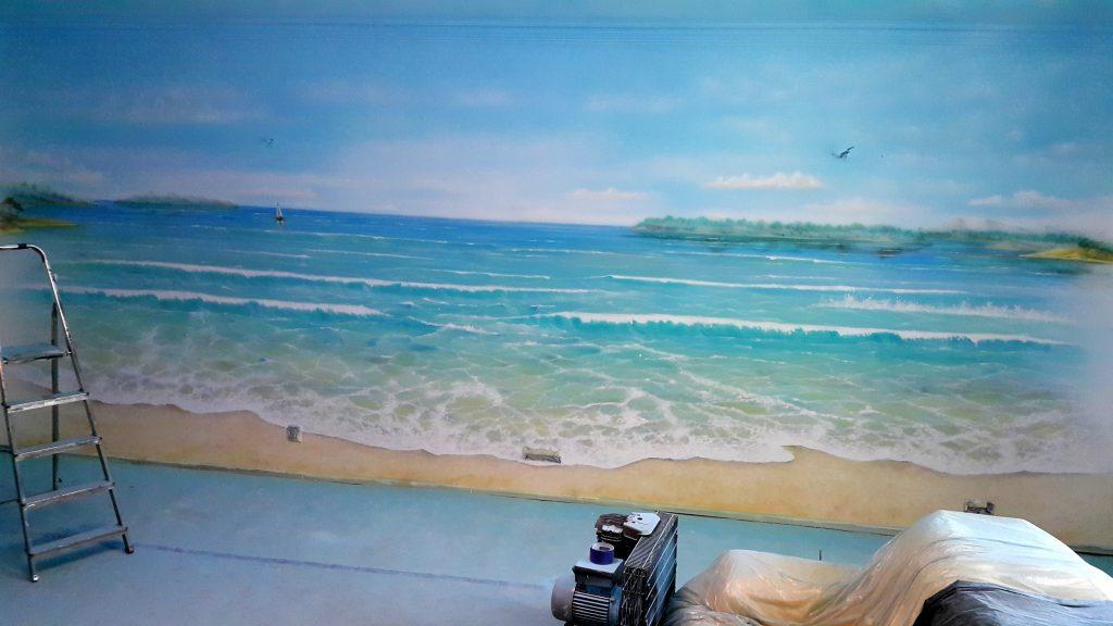 Malowanie obrazu na scianie, malowidło ścienne 3D przedstawijący pejzaż morski
