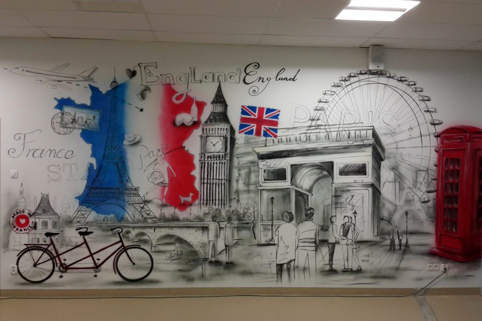 Malowanie klasy szkolnej, Graffiti w sali językowej, malowanie klasy językowej, mural