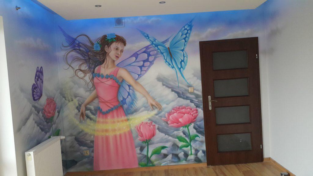 Malowanie w pokoju dziewczynki, malowanie księżniczki na ścianie, pokój dziewczynki inspiracje