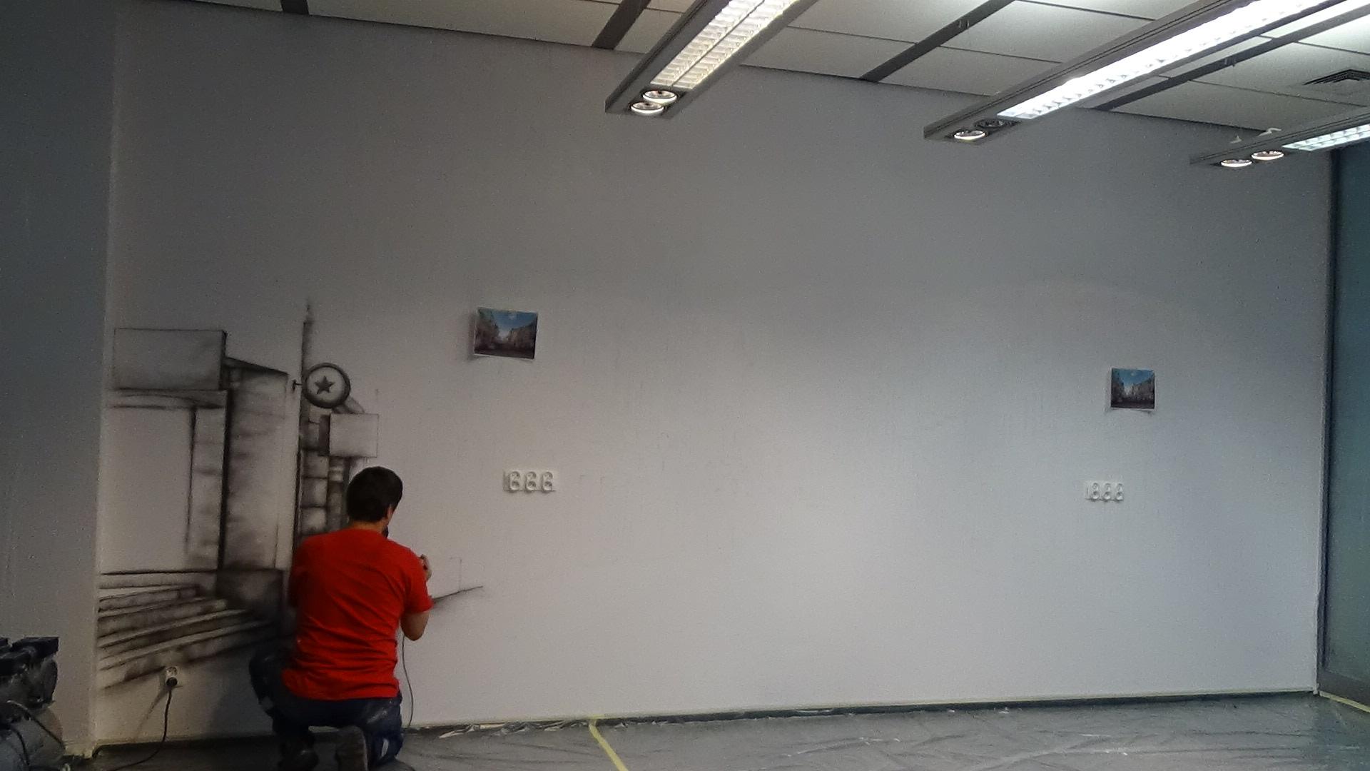 Mural w czarno bieli
