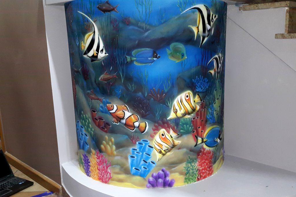 Malowanie imitacji akwarium