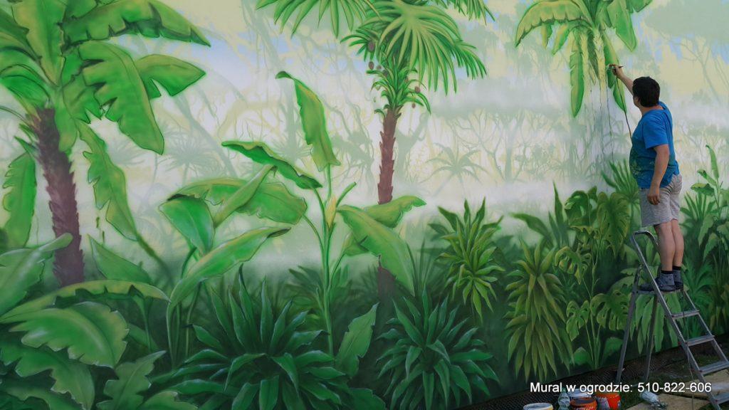 aranżacja ściany w ogrodzie , Malowanie lasu tropikalnego, mural w ogrodzie