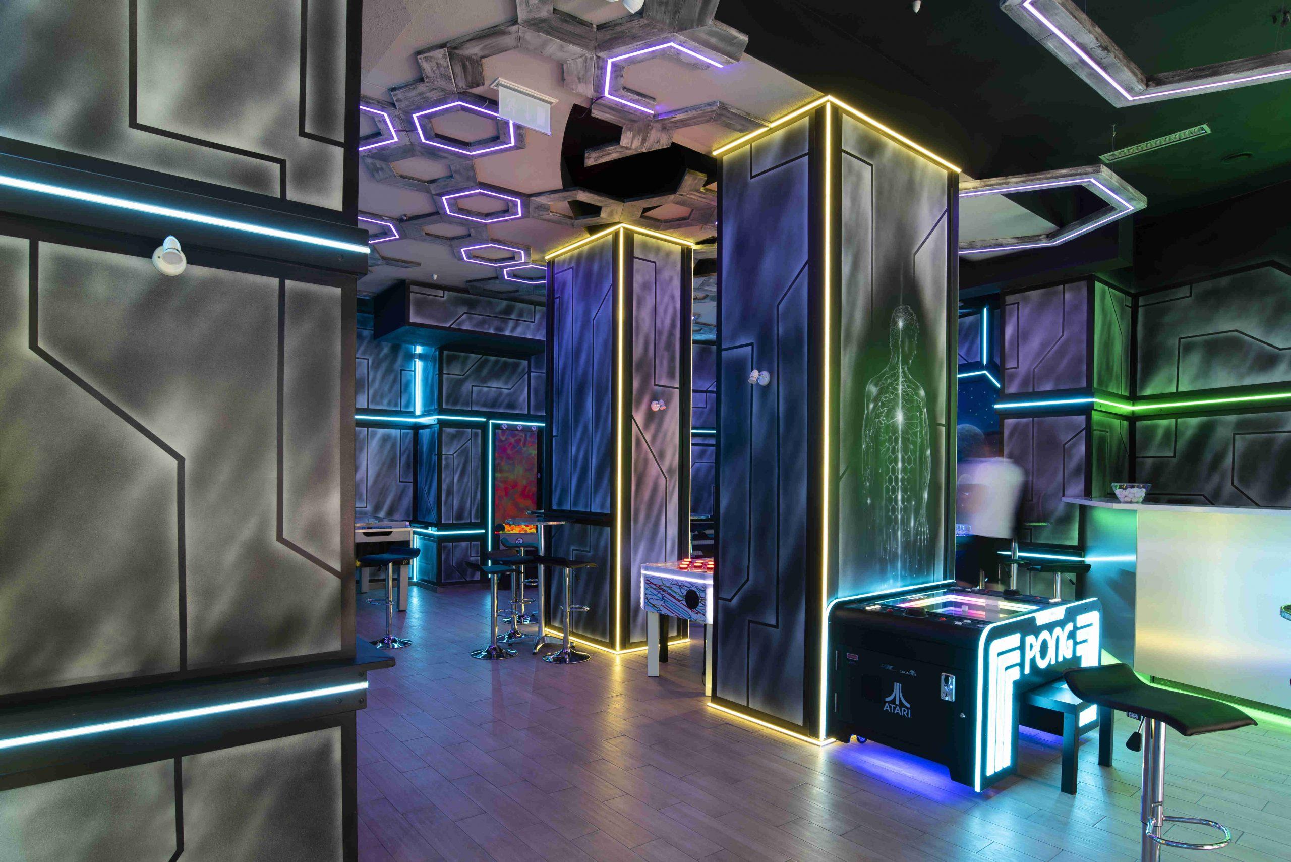 Pomysł na aranżacje klubu kosmicznym stylu, aranżacja iwystruj klubu