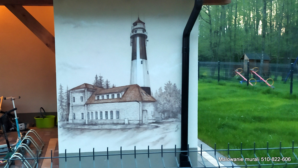Ciekawy pomysł na aranżację domków letniskowych, malowanie muralu na domkach wczasowych