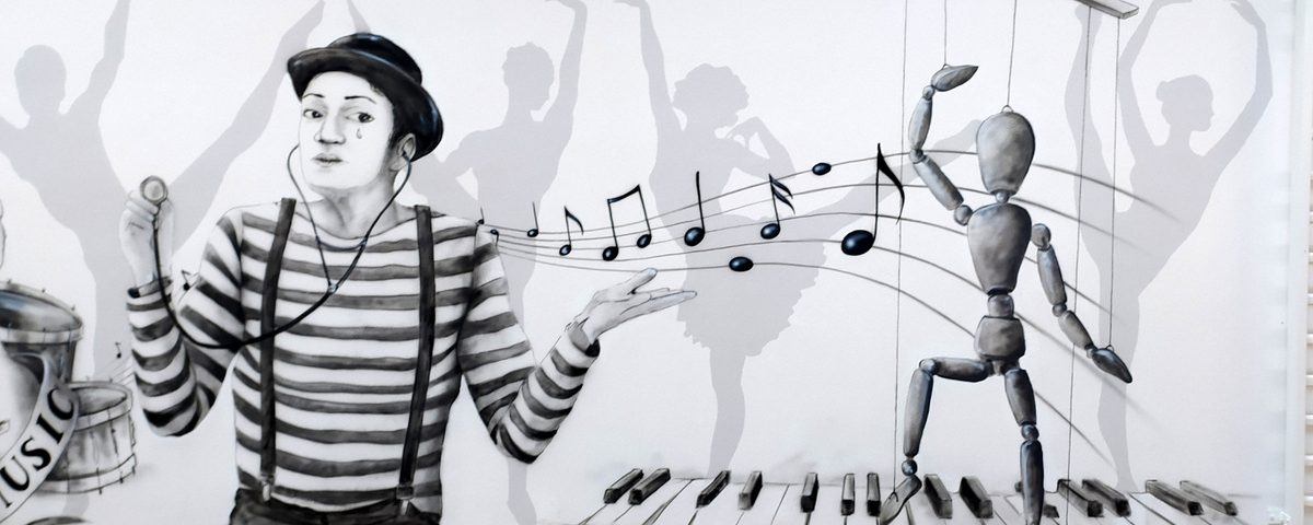Mural w szkole, ciekawy pomysł na aranżację ścian