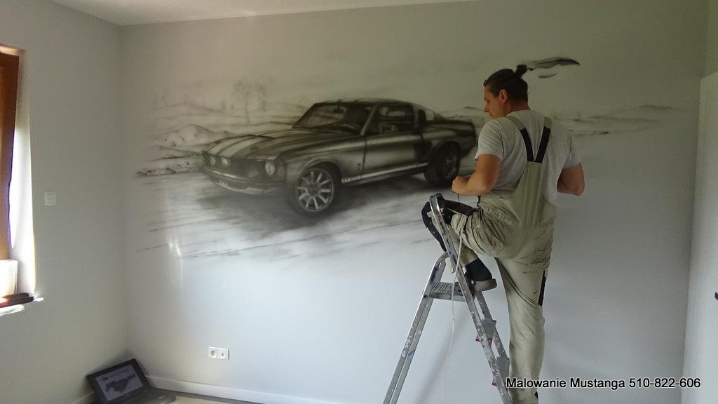 Graffiti mustang, malowanie mustanga na ścianie