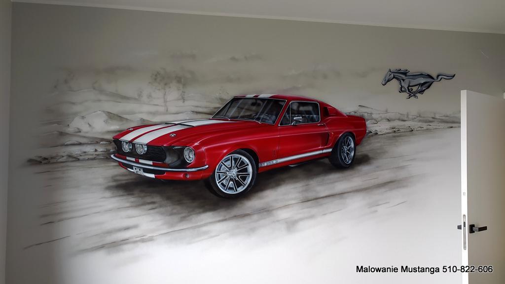 Graffiti przedstawiające samochód marki mustang 3D