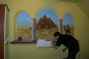 4.-artystyczne malowanie ściany