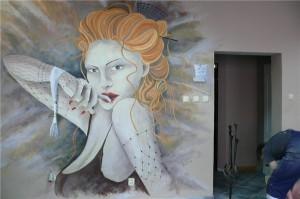 malowanie-w-salonie-fryzjerskim