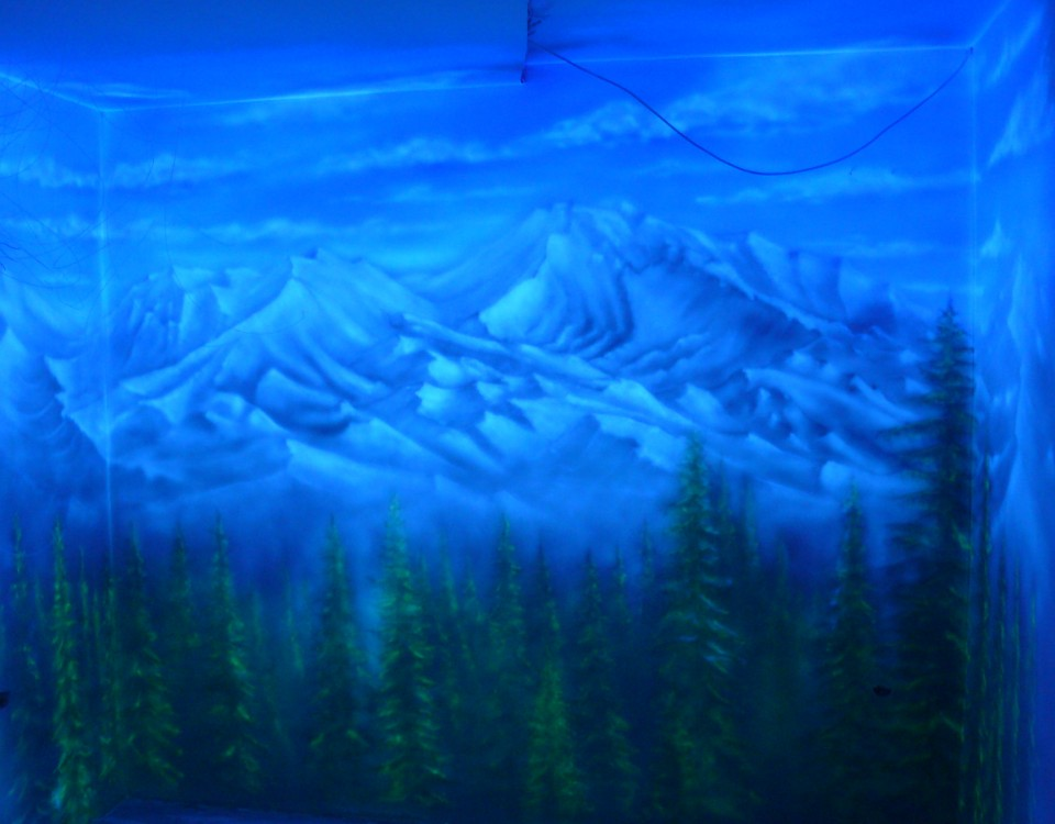 Malowanie grafiki farbami UV