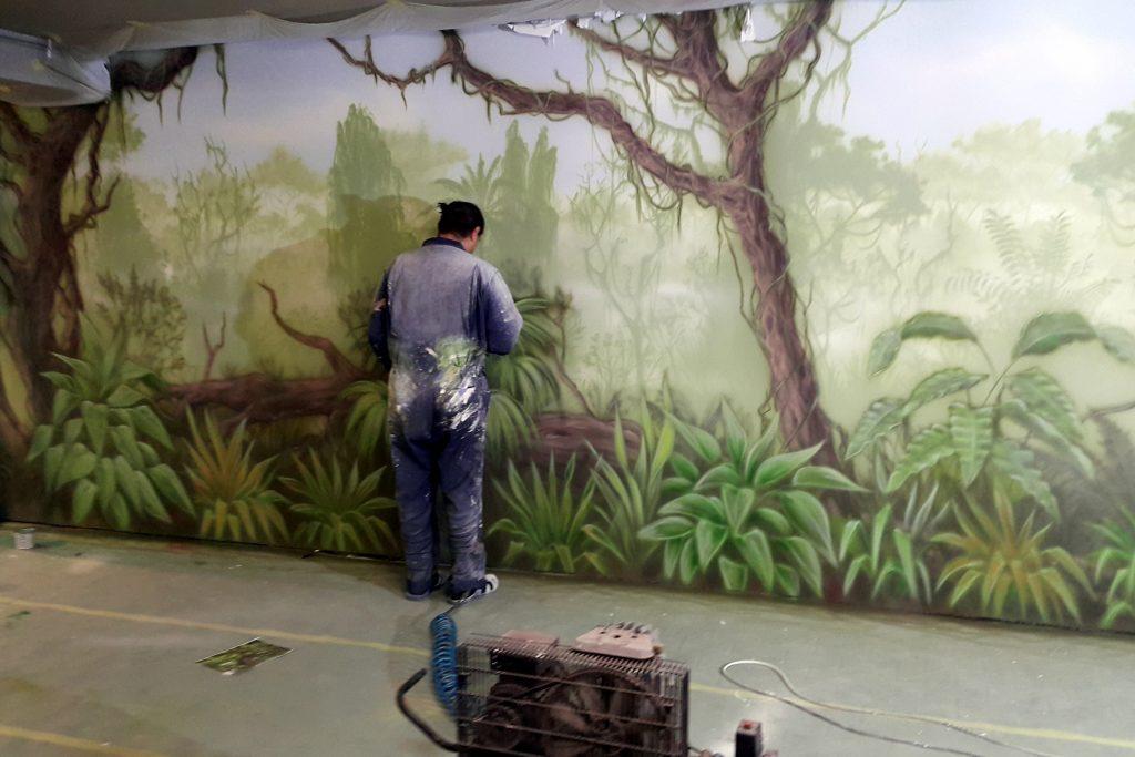 Malowanie dzungli, mural