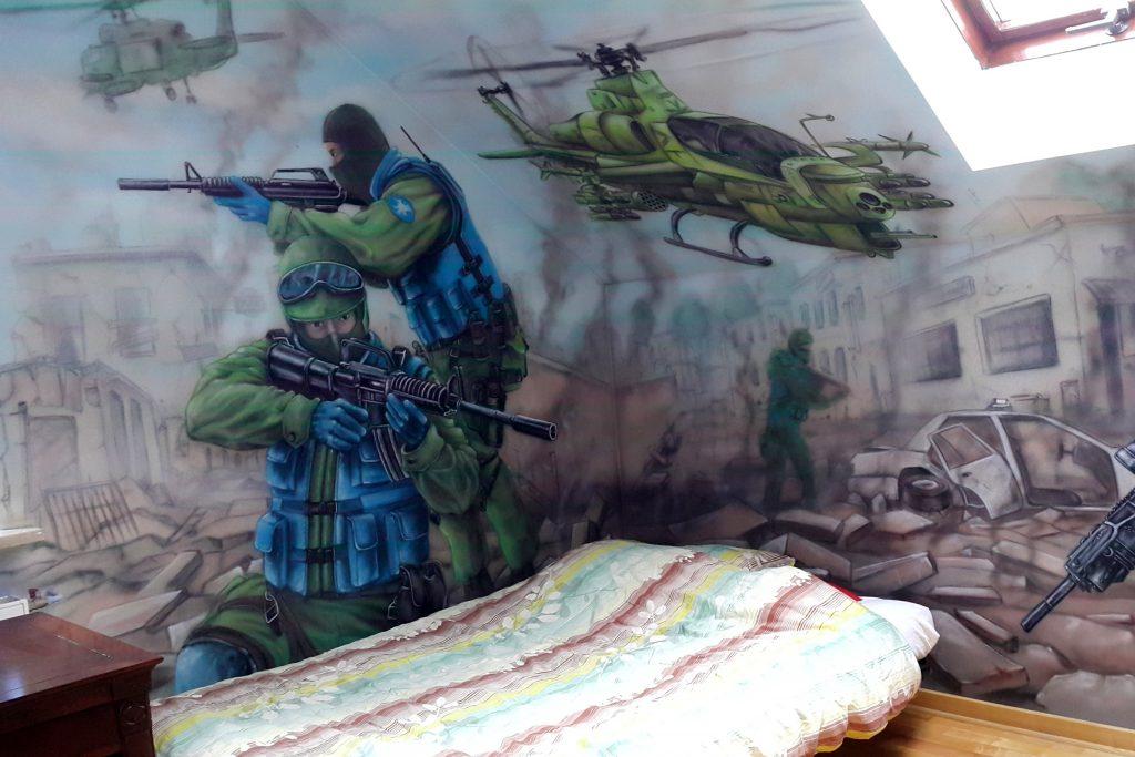 Artystyczne malowanie ścian, aranżacja wnętrz Łuków, mural w pokoju młodzieżowym