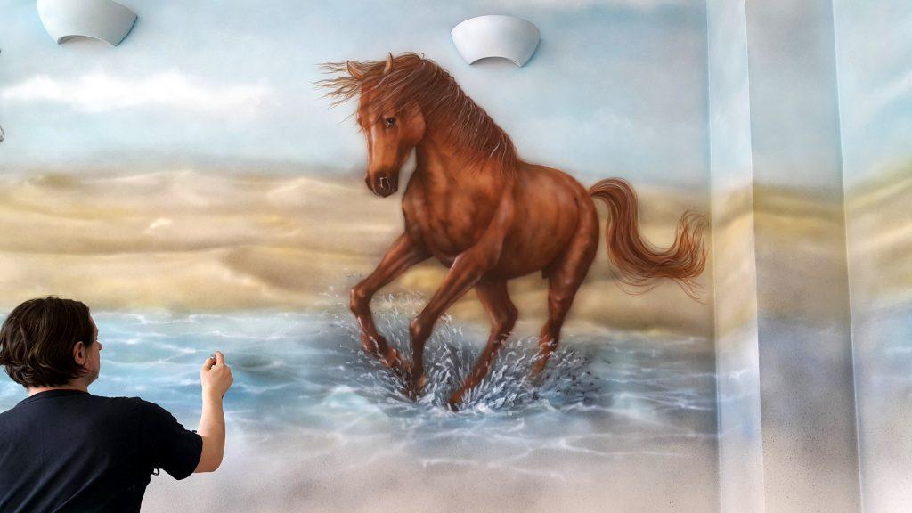 Malowanie konia obraz olejny, artystyczne malowanie ścian