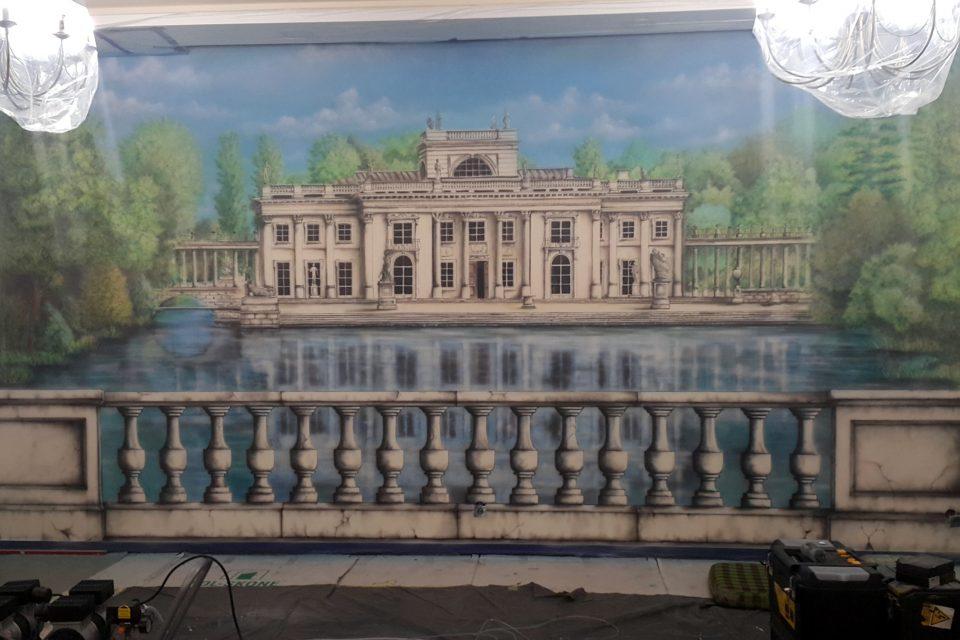Malowanie obrazów na ścianie