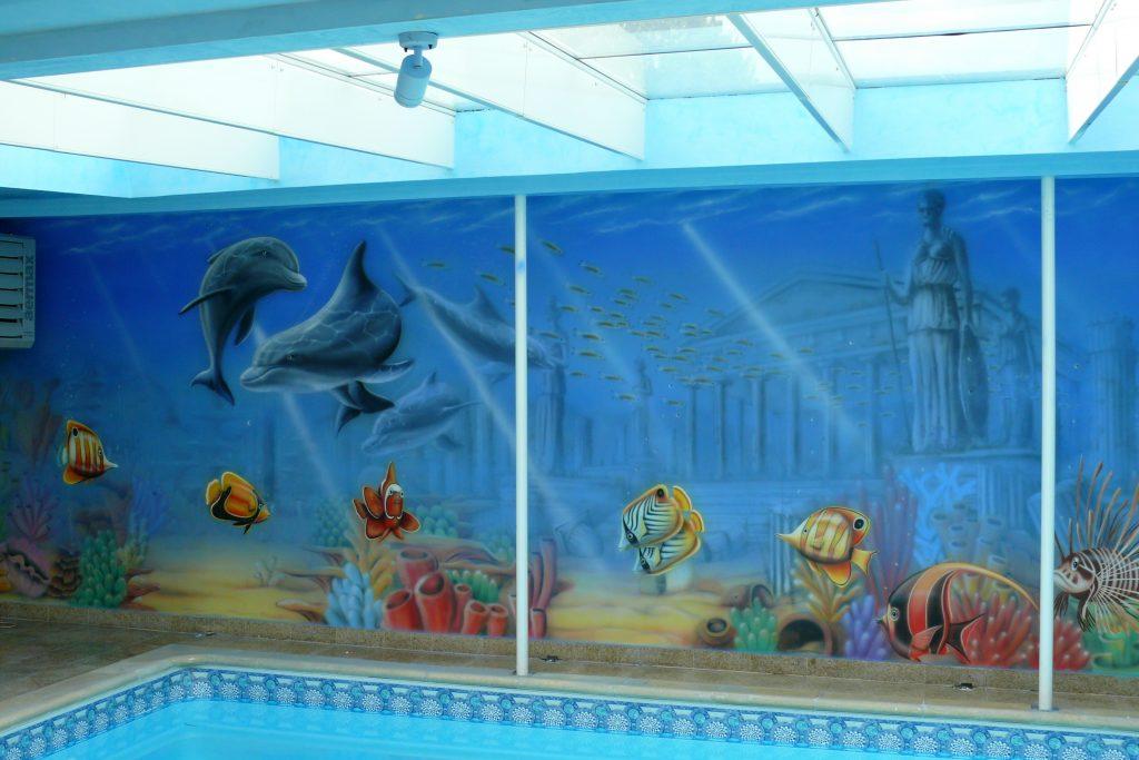 Malowanie na basenie, malowidło ścienne na basenie