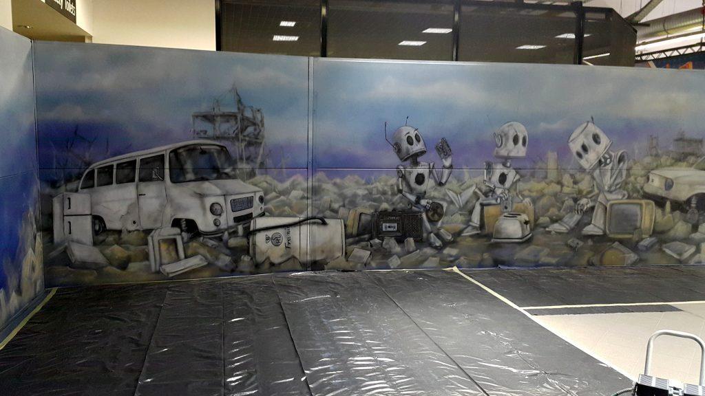 Mural Taśmowe nośniki pamieci namalowany na comic con festiwal fantastyki