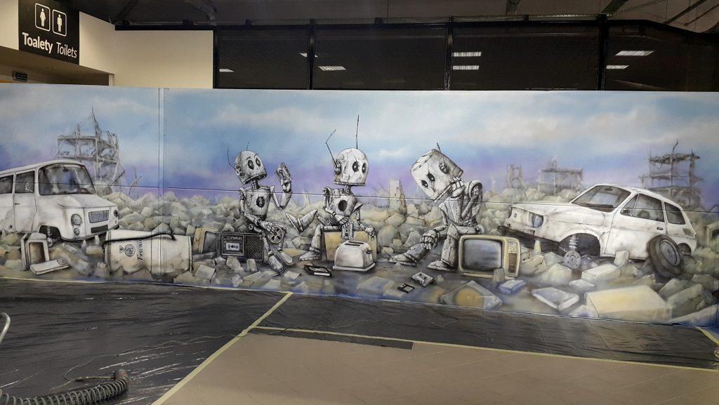 Malowanie muralu na invencie fantastyki, Taśmowe Nośniki Pamięci, projekt autorski Ariel Kula