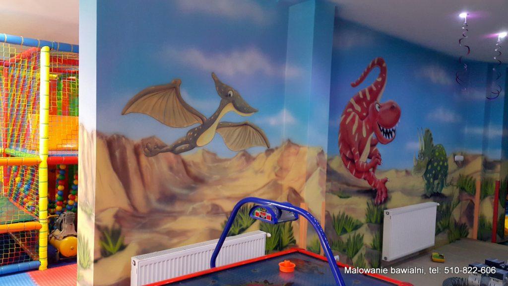 Malowanie sali zabaw w dinozury