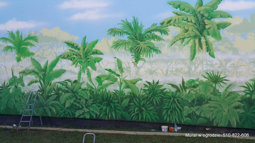 Malowanie dżungli na ścianie, aranżacja ściany w ogrodzie