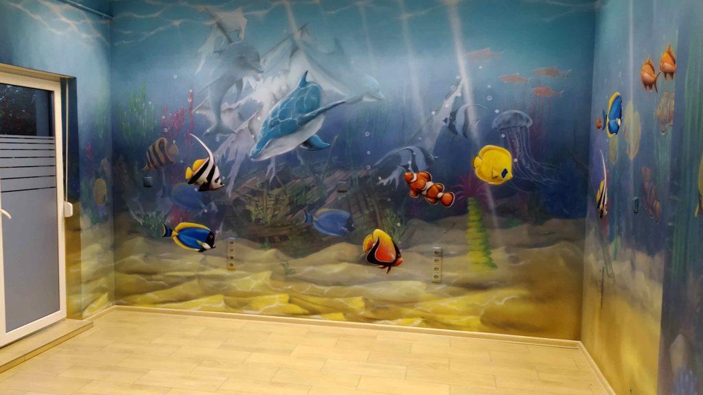 Aranżacja scian w przychodzni malowanie rafy koralowej w przychodni lekarskiej,