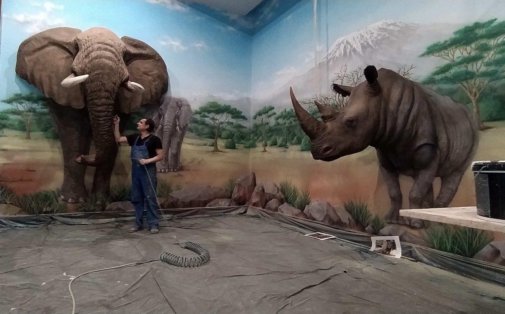 Malowanie tła pod makiety zwierząt afrykańskich