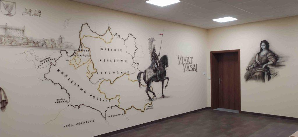 Malowanie klasy historycznej, mural 3d promujący edukację