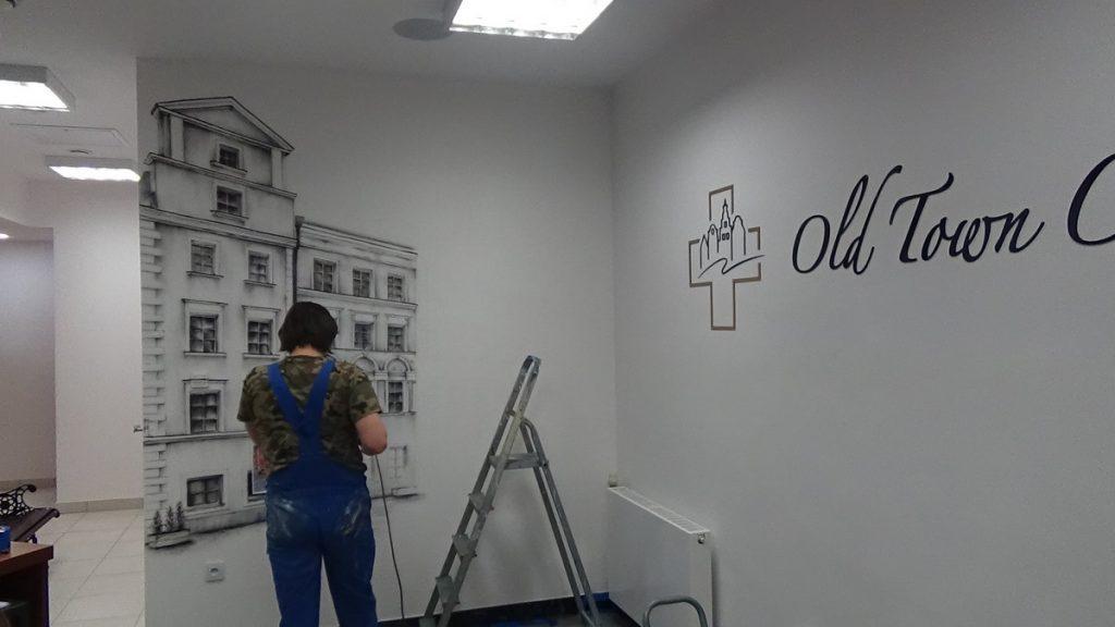 Mural w klinice Old Town Clinik