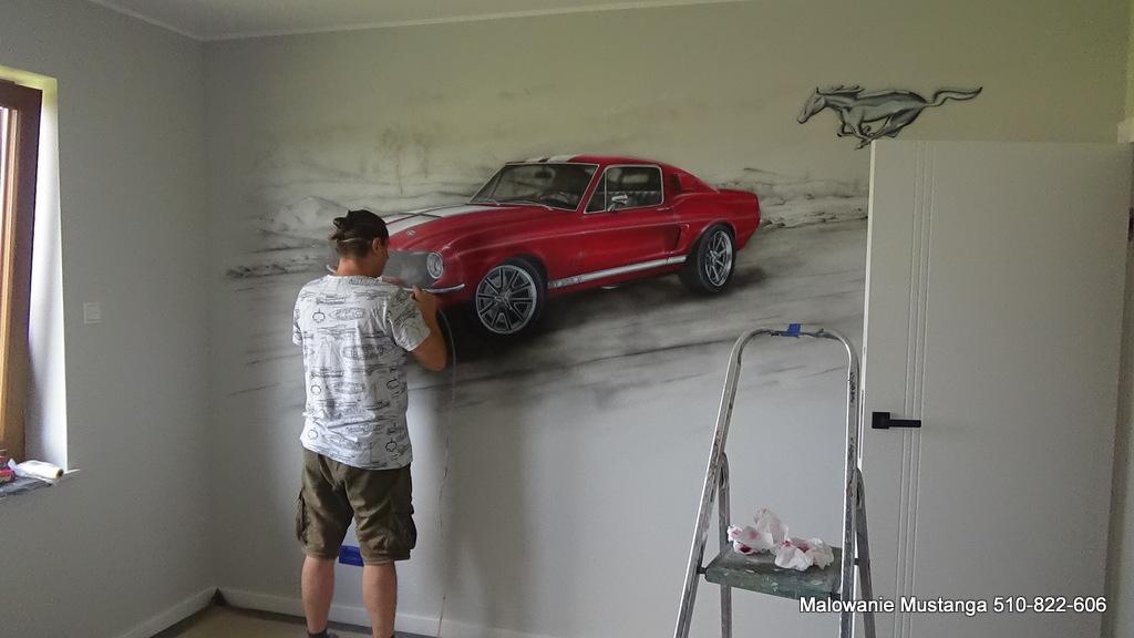Mural o tematyce motoryzacyjnej, graffiti mustang
